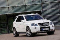 Выбираем автомобиль Mercedes-Benz ML