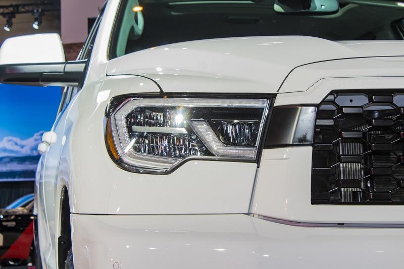 Toyota Sequoia 2019 – возрожденный внедорожник