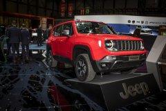 Jeep Renegade Hybrid 2019 – самый маленький электрический внедорожник