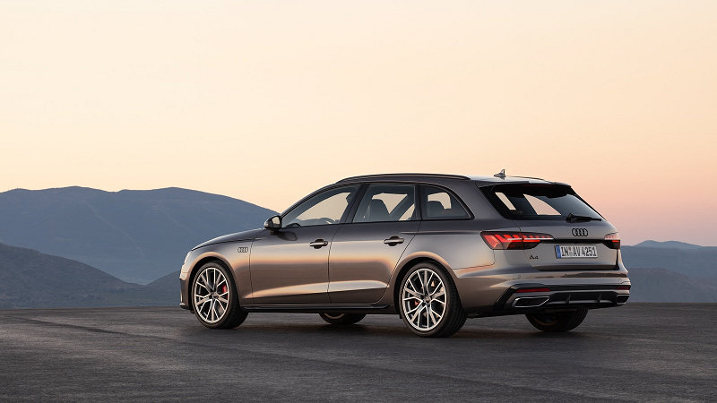 Audi A4 Avant в версии 2020 года
