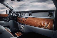 Rolls-Royce – салон «Фантома» теперь украшен деревянной мозаикой