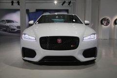 Jaguar обновил седан XJ