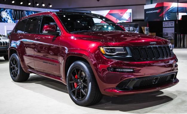 Новый заряженный Jeep Grand Cherokee