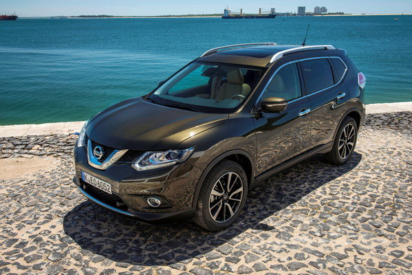 nissan x trail 2017. Black Bedroom Furniture Sets. Home Design Ideas