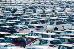 Машина в России перестаёт быть роскошью