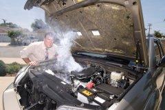 Большинство россиян эксплуатируют неисправные автомобили