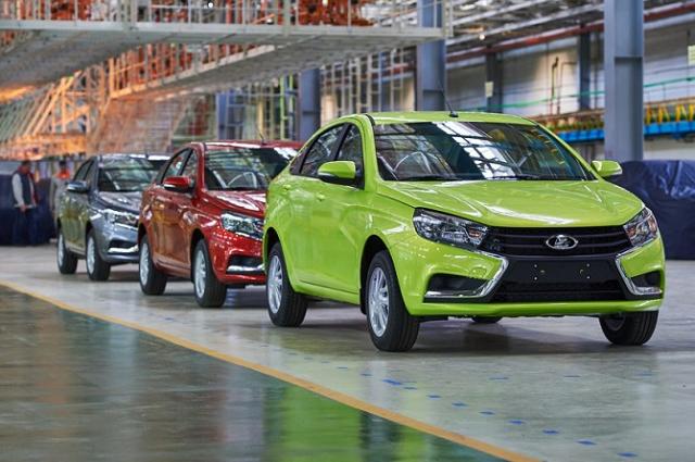 АвтоВАЗ повышает цены на свои автомобили