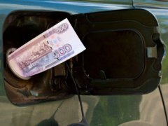 Власти обвинили нефтяников в манипуляциях ценами на бензин