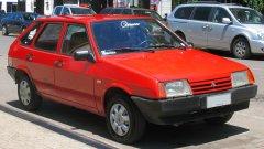 Что купить: поддержанную иномарку или новое авто отечественного автопрома?