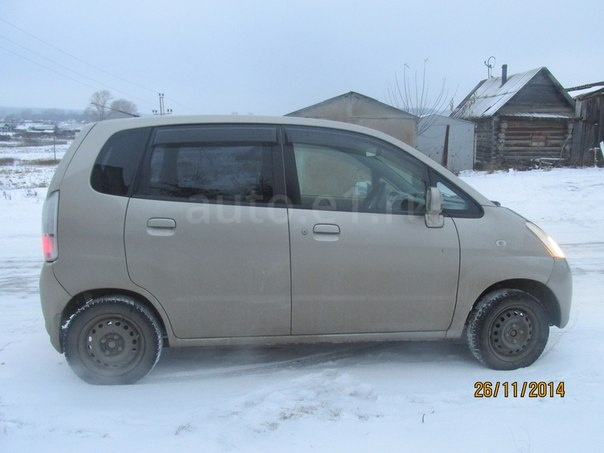 Nissan Moco 2003