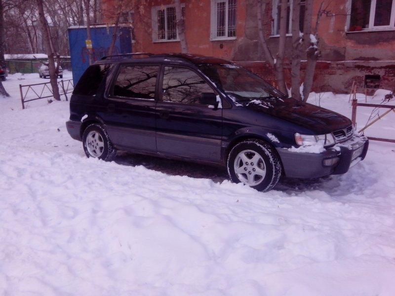 Mitsubishi Chariot 1995
