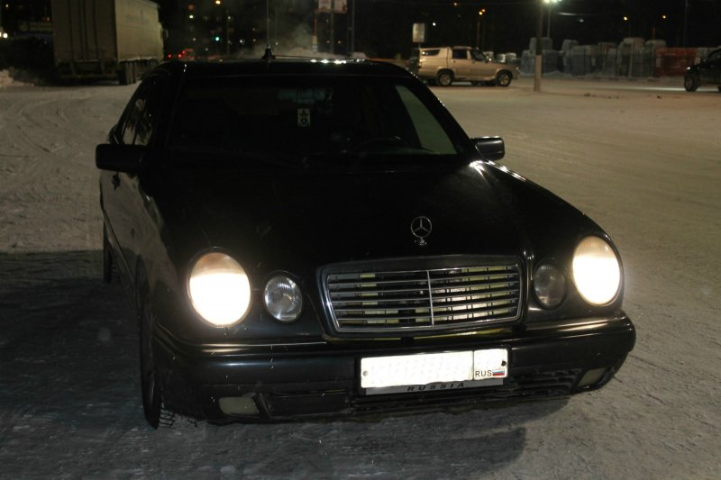Mercedes-Benz E-class 1996