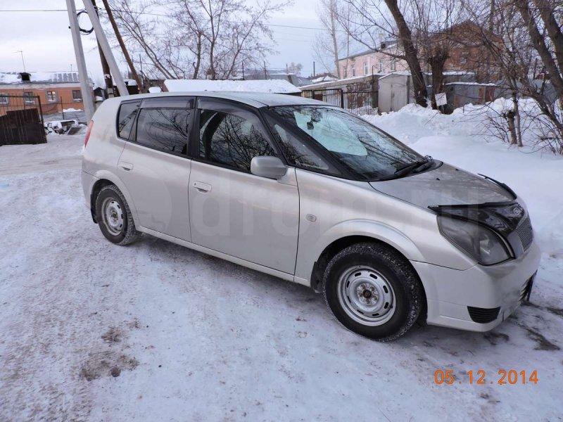 Toyota Opa 2000