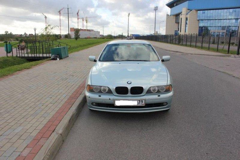 BMW 5-серия 2001