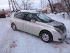 продаю Toyota Opa, 2000 год