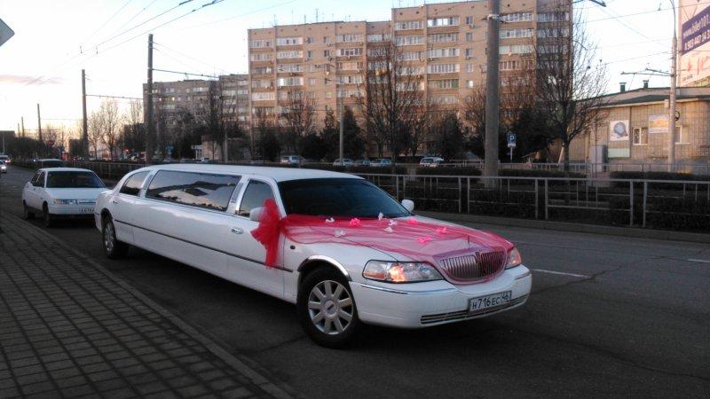 фото белый лимузин