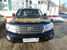 Toyota Land Cruiser 100 2013