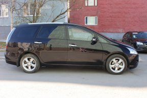 Mitsubishi Grandis 2008