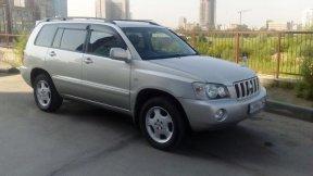 Toyota Kluger 2002