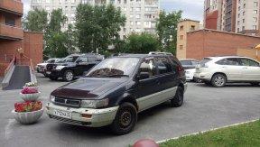 Mitsubishi Chariot 1994